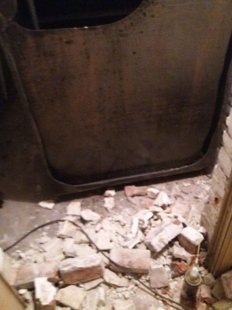 Démontage du muret de la citerne mazout de 5000 litres