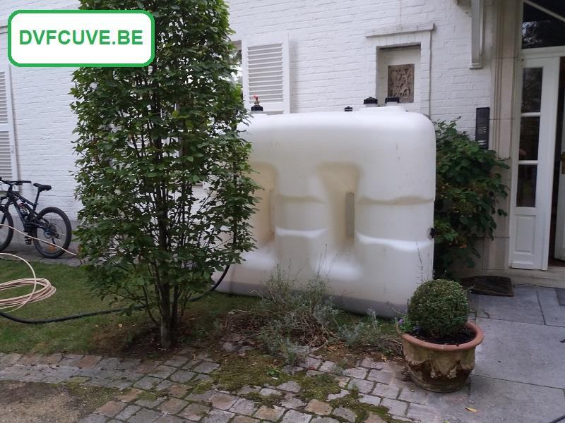 Cuve plastique provisoire pour stocker mazout